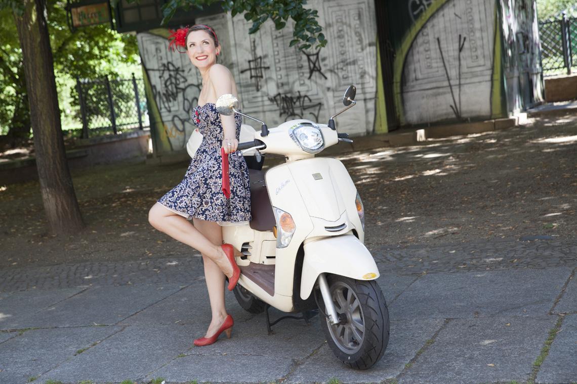 Outfit festliche Anlässe Muster Cocktailkleid Farbberatung Stilberatung Berlin
